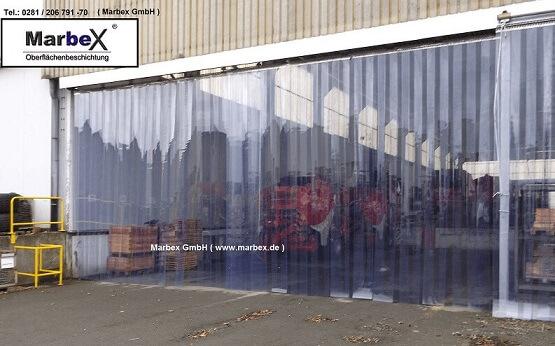 Hallenabtrennung Transparent
